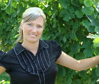 Winemaker Lindsay Puddicombe