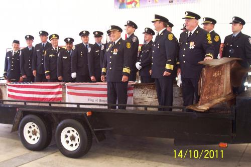 Meaford Fire Department with memorial beam. (Photo by MalahatTwo7)